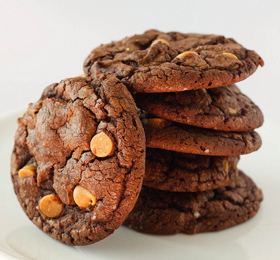 Chocolate Peanut Butter Patti Cakes