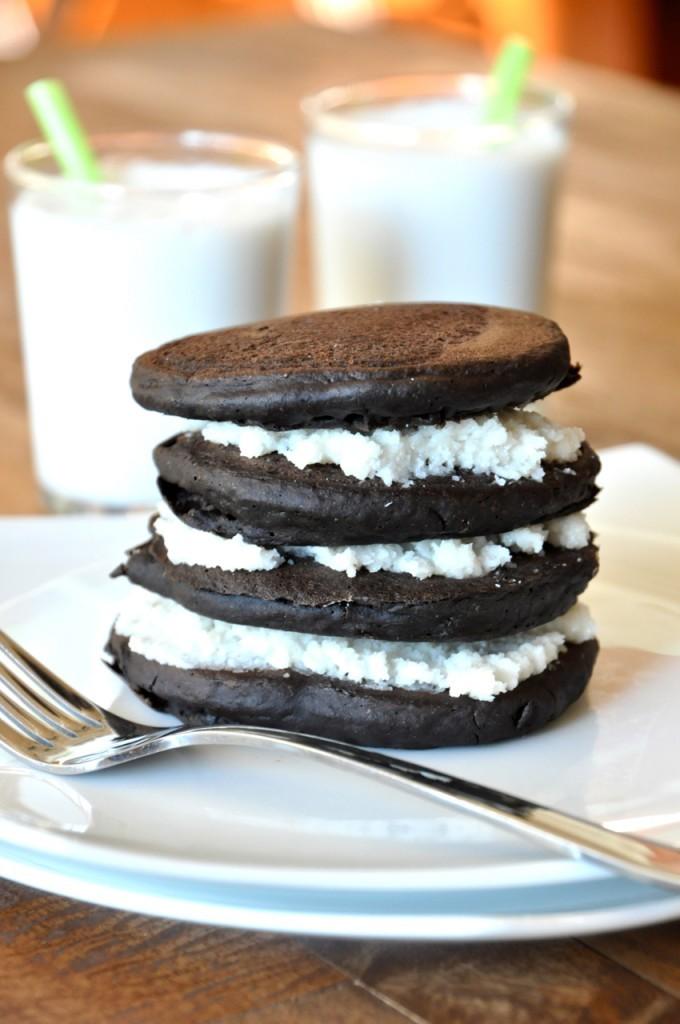 Recipe: Oreo Cookie Pancakes