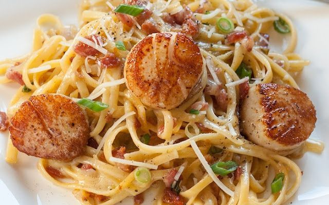 carbonara with pan seared scallops