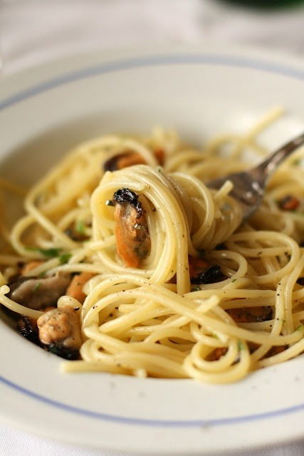 Spaghetti with Mussels (Anna the Nice)
