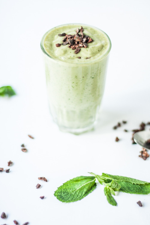 Healthy Cho-Mint Smoothie Nourish and Inspire Me