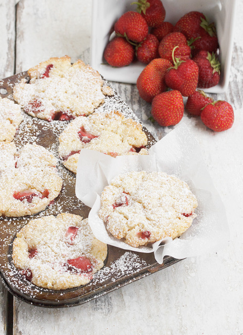 Strawberry Shortcake Muffins Seasons And Suppers