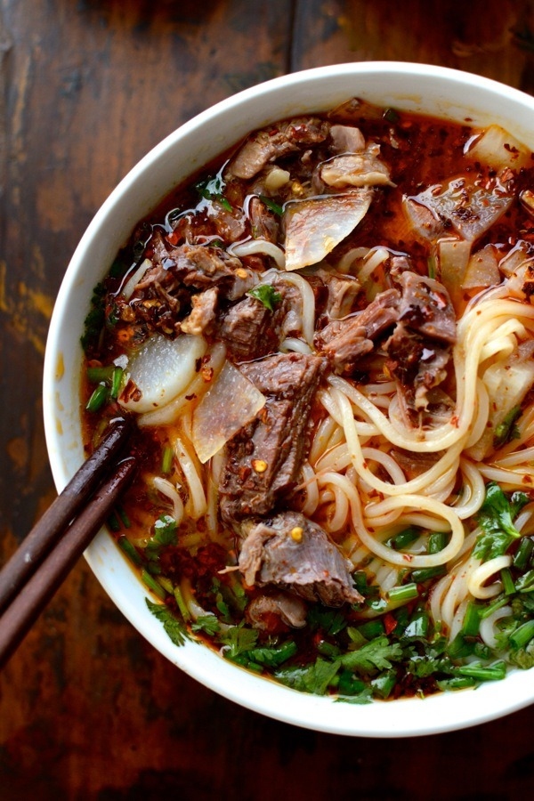 lanzhou beef noodle soup / the woks of life