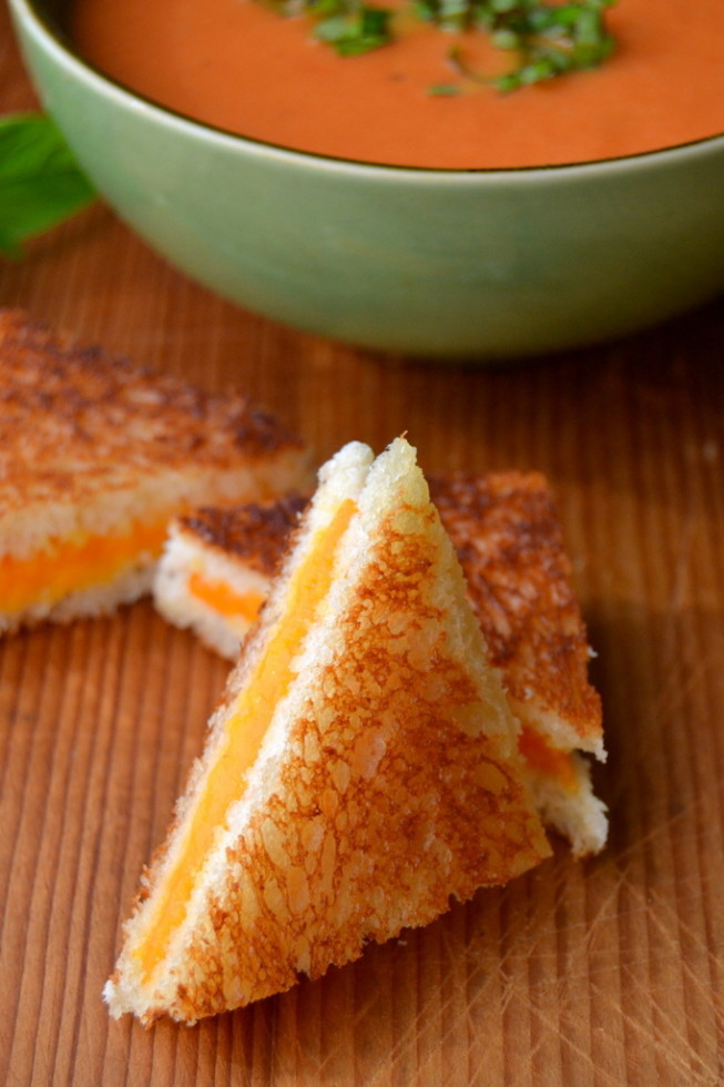 Mini Grilled Cheese with Tomato Soup
