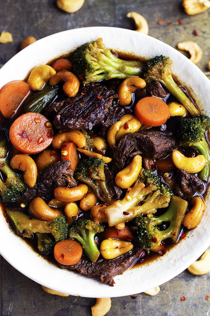 Cashew Beef and Broccoli Stir Fry